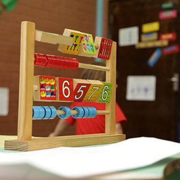 Educação Infantil - Espaços, tempos, quantidades, relações e transformações