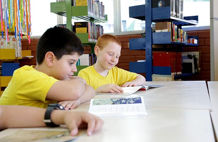 Biblioteca do Colégio Integral